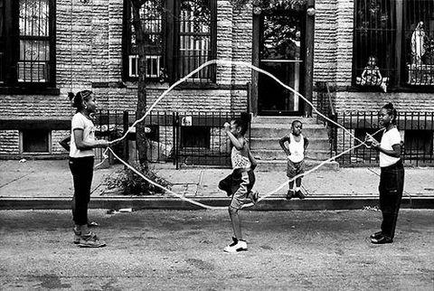 photos of girls jumping double dutch № 12794