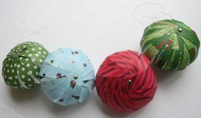 Бумажные елочные шары-фонарики