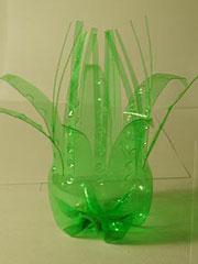 Как сделать вазы с пластиковых бутылок